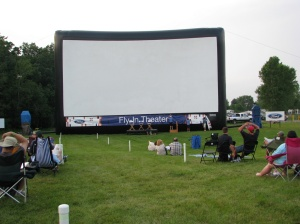 Fly-In Theater screen at Airventure 2008