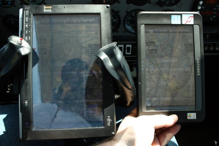 Fujitsu P1610 vs Samsung Q1EX